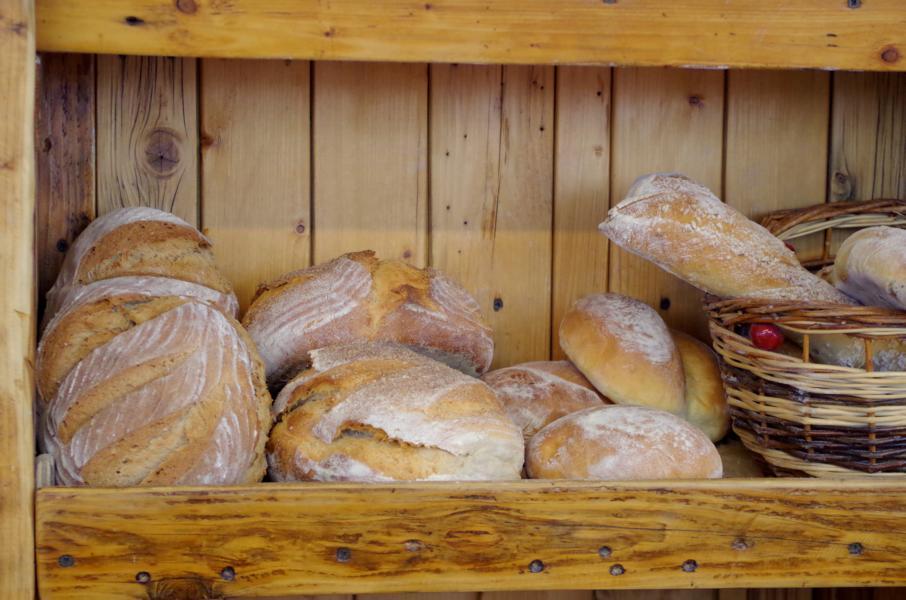 Holzofen-Brot Dinnete (2)