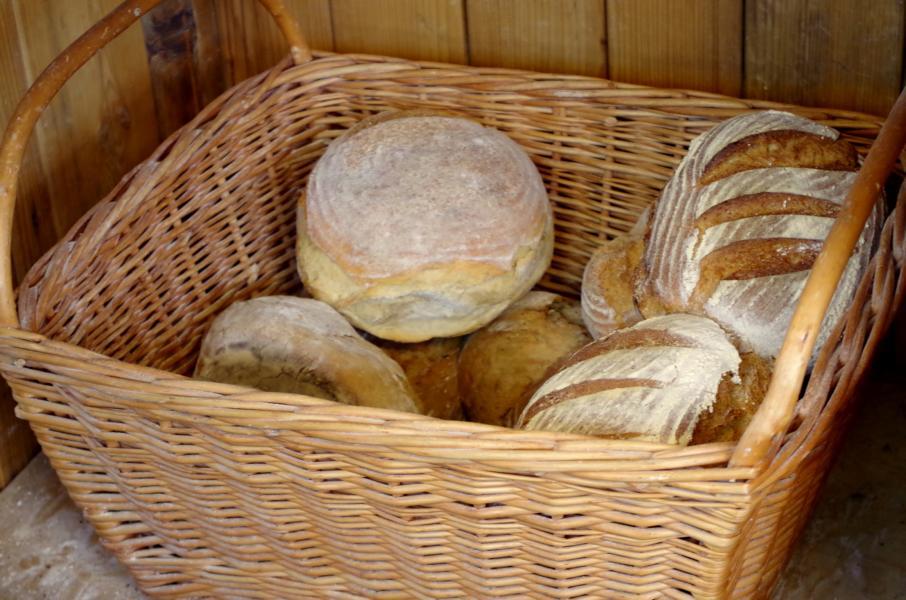 Holzofen-Brot Dinnete (3)